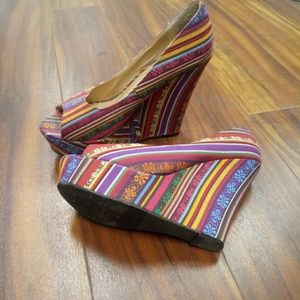 💜💜CANDIE'S WOVEN PEEPTOE WEDGES!!NEW! SIZE 10!!